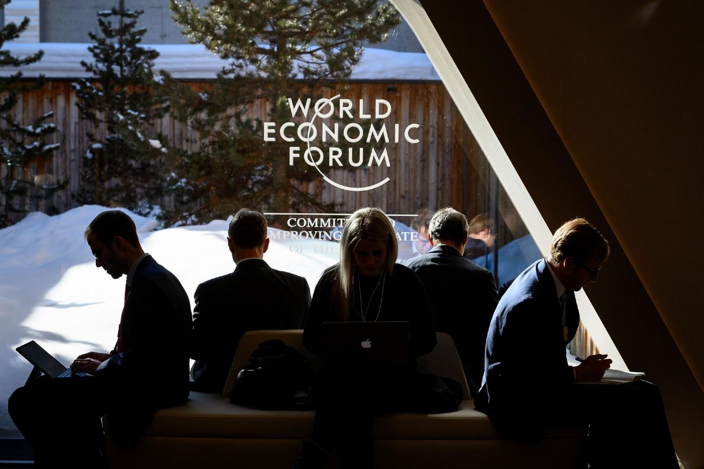Učesnici Svetskog ekonomskog foruma u Davosu tokom jedne pauze 2019. (Foto: Fabrice Coffrini/AFP via Getty Images)Fabrice Coffrini/Agence France-Presse — Getty Images