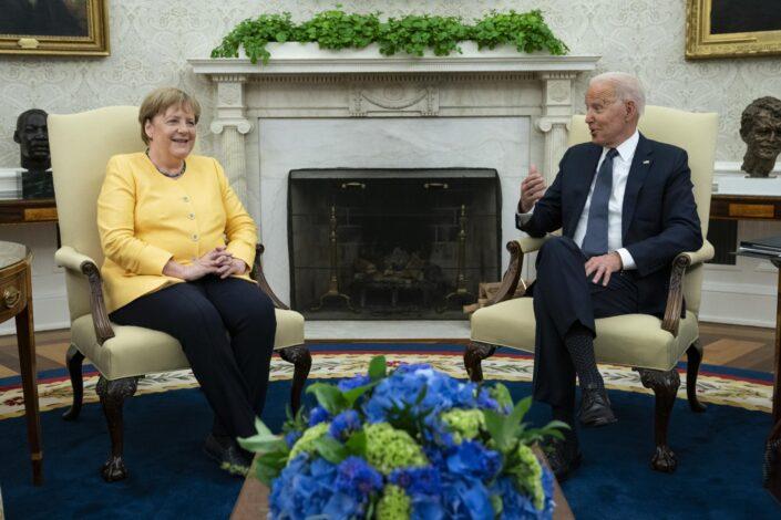 Dojče vele: Merkel i Bajden – mnogo komplimenata, jedan razdor