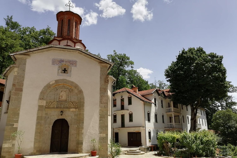 Manastir Draganac (Foto: Radomir Jovanović/Novi Standard)