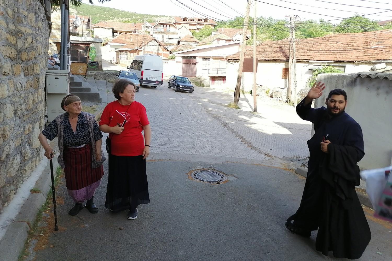 Olivera Radić, otac Milan i jedna baka (Foto: Radomir Jovanović/Novi Standard)