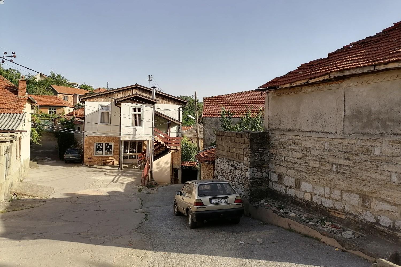 Škola u Orahovcu (Foto: Radomir Jovanović/Novi Standard)