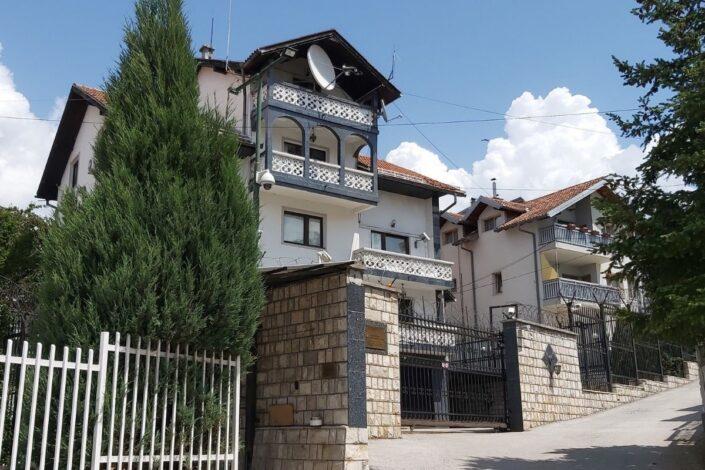 Oštra reakcija ruske ambasade u BiH: Inckova odluka nelegalna i nelegitimna