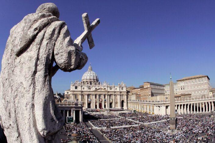 """O vatikanskom """"suđenju veka"""""""