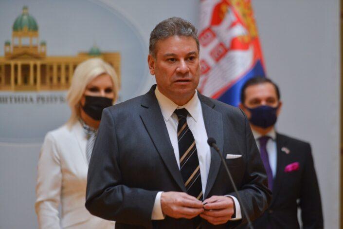 SAD se uključile u dijalog, Vučić se sastao sa ambasadorima Rusije i Kine