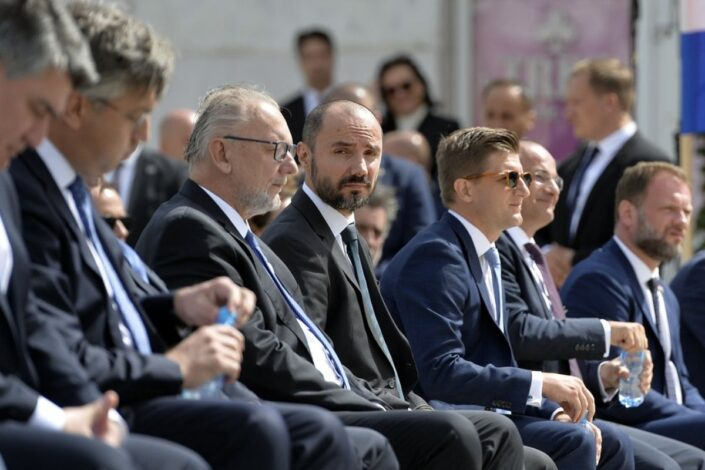 S. Štrbac: Konzumacija Borisa Miloševića