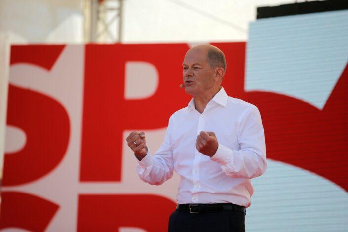 Nemački SPD vodi u anketama uoči izbora