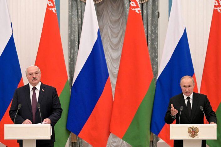 B. Bilbija: Čvrst zagrljaj Moskve i Minska