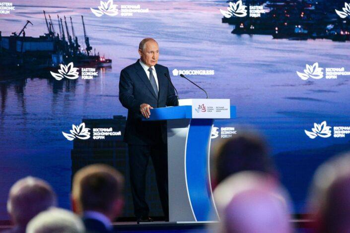 Putin: SAD su u Avganistanu doživele katastrofu, to kažu i sami Amerikanci