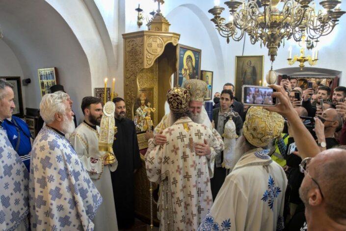 Mitropolit Joanikije ustoličen na Cetinju, poslao poruku mira