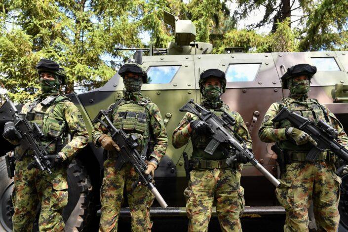 Srbi pretučeni na Brnjaku, podignuta borbena gotovost Vojske Srbije