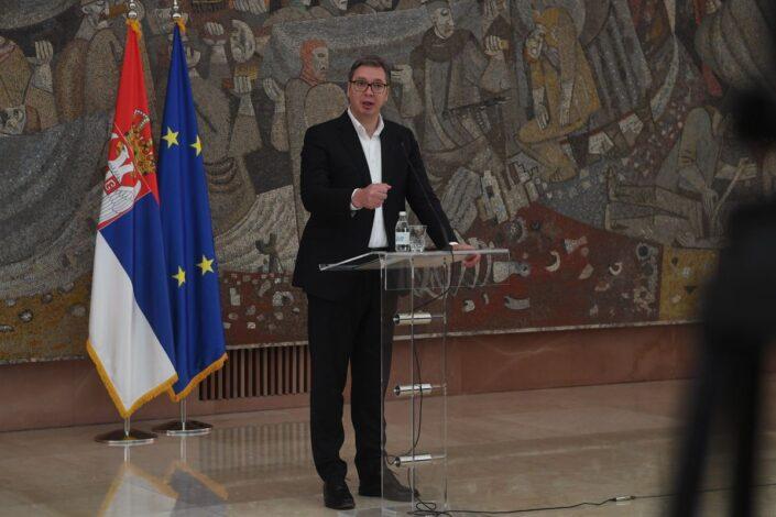 Vučić: Odbili smo predlog Kvinte, tražimo povlačenje trupa sa severa KiM