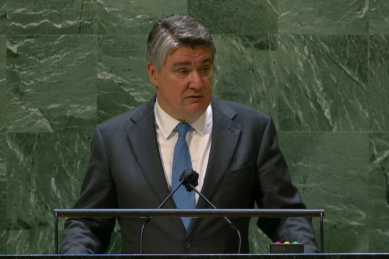 Predsednik Hrvatske Zoran Milanović tokom govora na 76. zasedanju Generalne skupštine Ujedinjenih nacija, Njujork, 21. septembar 2021. (Foto: Snimak ekrana/Jutjub/United Nations)