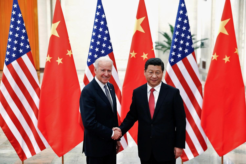 Kineski predsednik Si Đinping tokom sastanka sa američkim potpredsednikom Džoom Bajdenom u Velikoj sali naroda, Peking, 04. decembar 2013. (Foto: Reuters/Lintao Zhang)