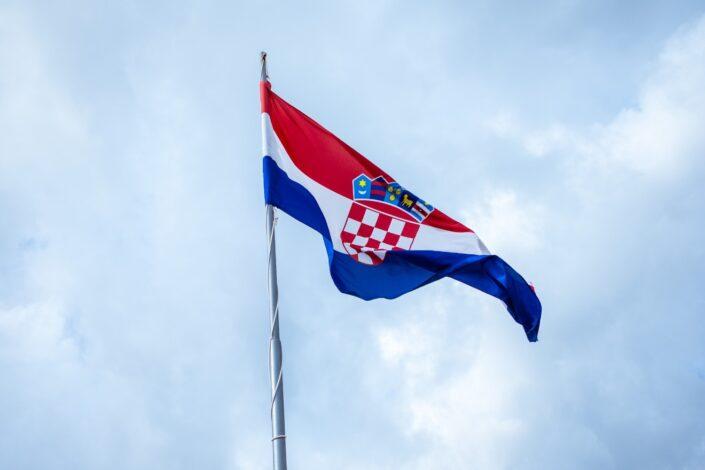 Hrvati besni na Srbiju, stigla protestna nota, oglasio se i jezički institut